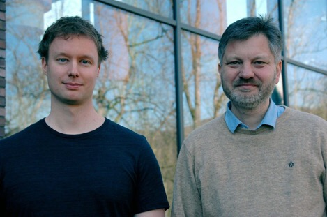This photo shows the researchers Dr. Sebastian Lerch and Prof. Tilmann Gneiting.